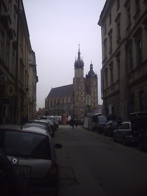 Widok na Kościół Mariacki z ulicy Szczepańskiej