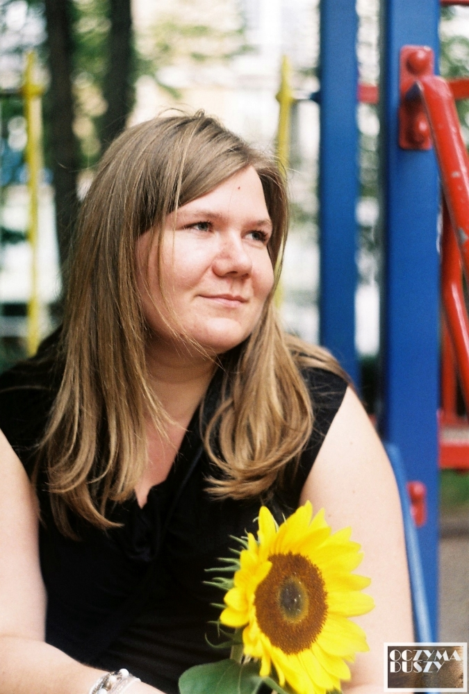 Ania ze słonecznikiem