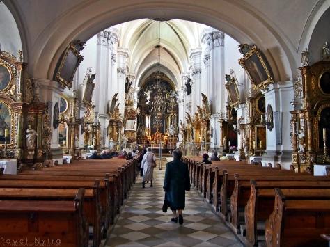 Wnętrze Bazyliki św. Jadwigi.