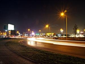 Rondo Rotmistrza Witolda Pileckiego, przy którym znajduje się CH Futura Park i Factory.